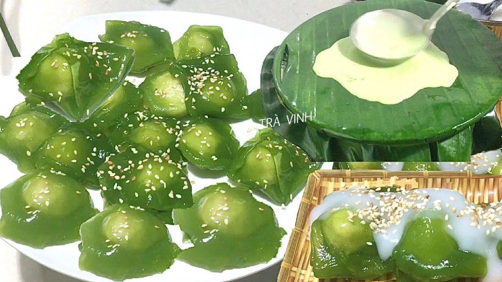 """Bánh phu thê, chắc đã không còn xa lạ đối với mỗi người Việt Nam, chiếc bánh vẫn thường xuất hiện trong mỗi dịp lễ tết, cưới hỏi. Bánh phu thê không chỉ là một trong những loại bánh truyền thống của Việt Nam mà còn hàm chứa trong đó triết lý âm dương của cả dân tộc. Từ một đặc sản của làng Đình Bảng – Bắc Ninh, bánh phu thê đã nhanh chóng nổi tiếng và trở thành một loại bánh được ưa chuộng trên khắp đất Việt.  Sự tích ra đời làm nên chiếc bánh phu thuê hay còn gọi là xu xê:  Tục truyền, tên gọi bánh phu thê là do sự tích vua Lý Anh Tông đi đánh trận, người vợ ở nhà thương chồng vất vả đã tự tay vào bếp làm bánh gửi ra cho chồng. Vua ăn thấy ngon, nghĩ đến tình vợ chồng đã đặt tên bánh là bánh phu thê. Cũng vì tên gọi ấy mà bánh phu thê (hay cũng còn gọi là xu xê) luôn được buộc thành cặp, biểu trưng cho sự gắn bó son sắt của tình chồng vợ.  Có người lại truyền nhau tên gọi bánh """"phu thê"""" gắn liền với câu chuyện kể về vợ chồng người lái buôn thuở xưa. Chuyện kể rằng, trước lúc người chồng lên đường đi buôn ở phương xa, người vợ làm bánh tặng chồng và thề rằng cho dù xa nhau nhưng lòng nàng vẫn luôn ngọt ngào, đậm đà như bánh. Chồng cảm động đặt tên cho bánh là bánh phu thê.  Chẳng ngờ đến phương xa, người chồng bị say đắm bởi sắc đẹp của các cô gái lạ và không muốn quay về. Người vợ ở nhà biết tin liền làm bánh gửi cho chồng kèm theo lời nhắn:  """"Từ ngày chàng bước xuống ghe  Sóng bao nhiêu đợt bánh rầu bấy nhiêu"""".  Nhận được bánh và lời nhắn của vợ, người chồng hối hận liền tức tốc quay về và không còn nghĩ đến chuyện thay lòng đổi dạ nữa. Từ đó, người ta truyền nhau rằng bánh phu thê tượng trưng cho sự thủy chung của vợ chồng và thường hay có mặt trong tiệc cưới như một lời nhắn nhủ đến các đôi vợ chồng trẻ.  Nguyên liệu bánh phu thê làm rất đơn giản:  + Vỏ bánh: 100g bột khoai (potato starch), 150g bột năng (tapioca), 100g đường, 5g muối, 450ml nước, dừa non thái sợi, 2 muỗng canh dầu ăn.  + Nhân bánh: 200g đậu xanh, 80g đường, 2 thìa canh dừa non băm nhỏ, 1 thìa d"""